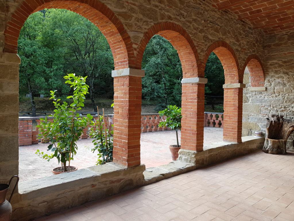 linkiostrovivo reportage Santuario Madonna Bagno Toscana