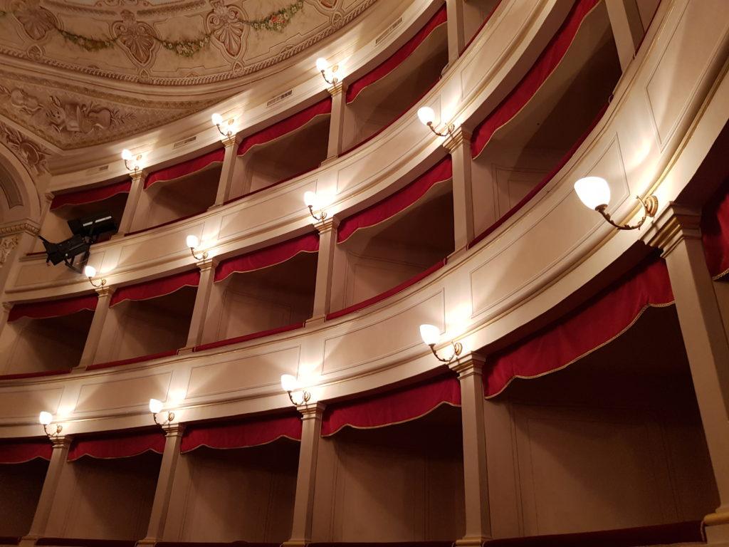 linkiostrovivomagazine-monte-san-savino-teatro-verdi-toscana-spettacolo