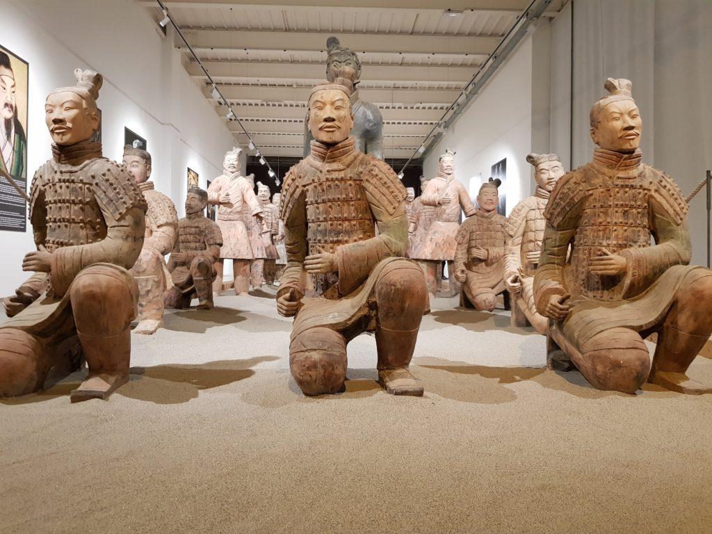 linkiostrovivo-magazine-cina-esercito-terracotta-imperatore-xi-an-storia